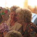Szociális Szolgáltató Központ anyák napi köszöntője